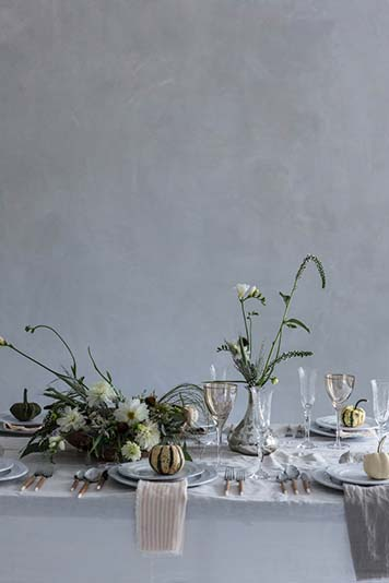 Simple and timeless Table setting ideas for thanksgiving dinner by the savvy heart.jpg