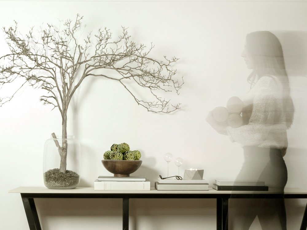fall to winter home decorating ideas that are timeless and modern by the savvy heart.jpg
