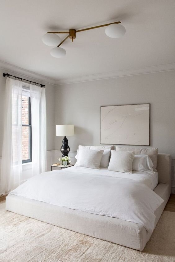 Best nighstands for A minimal and modern bedroom with contemporary decor.jpg