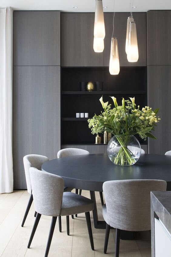 7 modern and contemporary dining chair and table combinations by the savvy heart.jpg