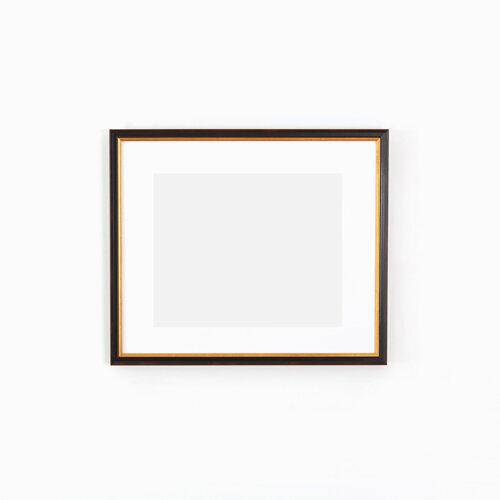 Black-and-gold-picture-frame.jpg