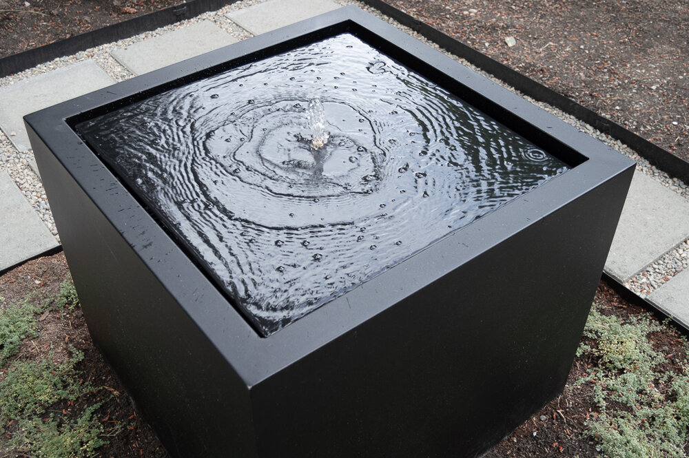 DIY Table fountain made from a planter box.jpg
